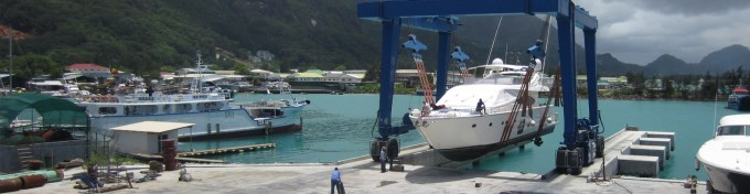 travel-quayy-and-slipway-in-seychelles